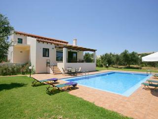 Anna Maria Villa - Exterior View and Pool