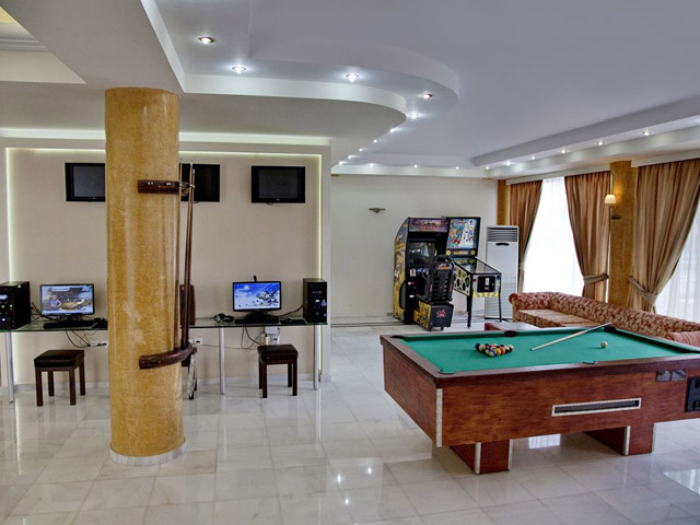 Jo An Beach Hotel Apartments: