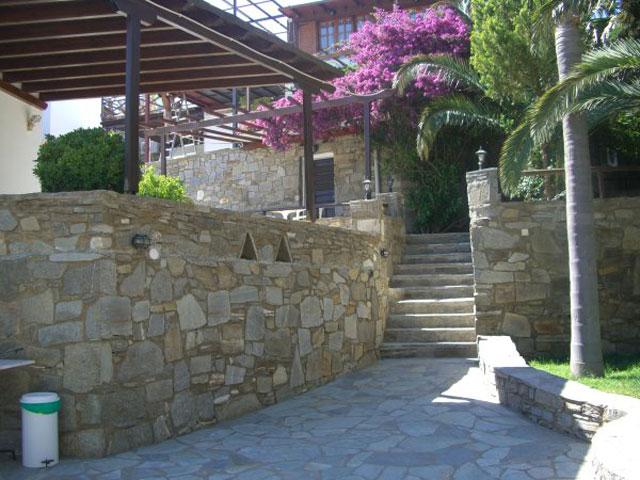 Paros Eden Park Hotel: Stairs
