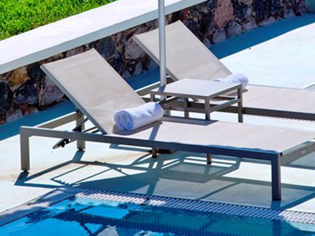Astro Palace Hotel & Suites Santorini: Pool Area