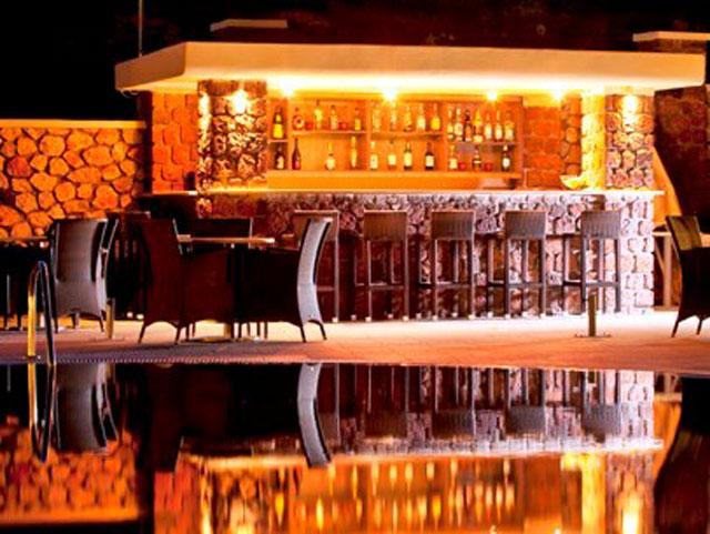 Astro Palace Hotel & Suites Santorini: Bar