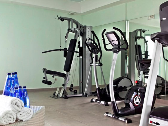 Astro Palace Hotel & Suites Santorini: Gym