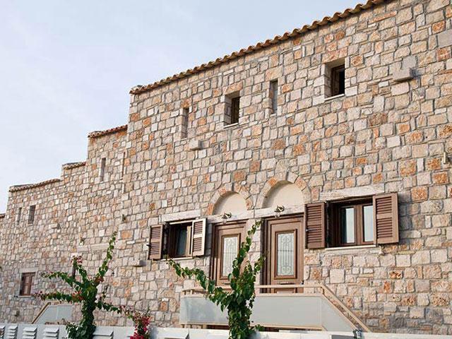 Enalio Suites: Exterior View