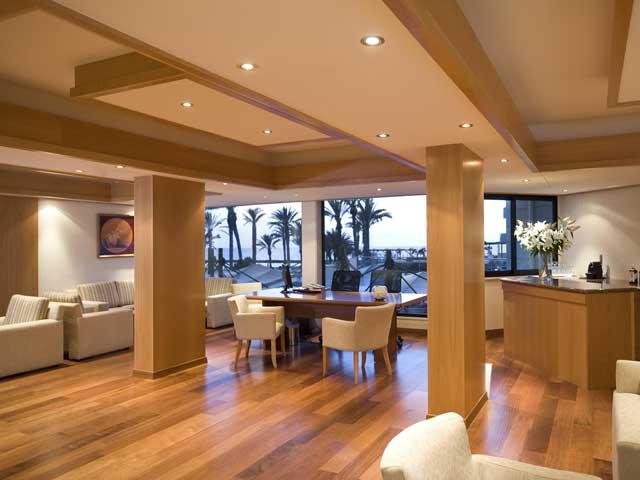 Constantinou Bros Asimina Suites: Reception