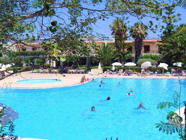 King Minos Palace Hotel & Bungalows: