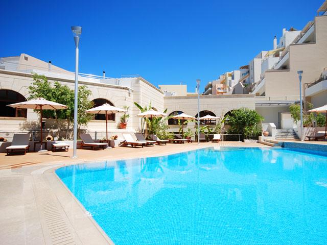 Macaris Suites & Spa: Swimmng Pool