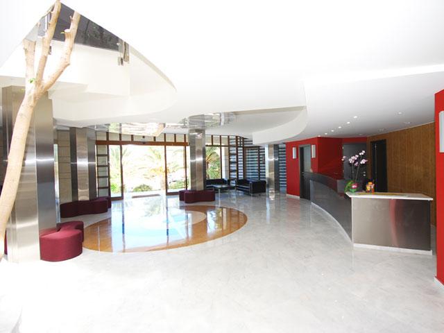 Macaris Suites & Spa: Reception