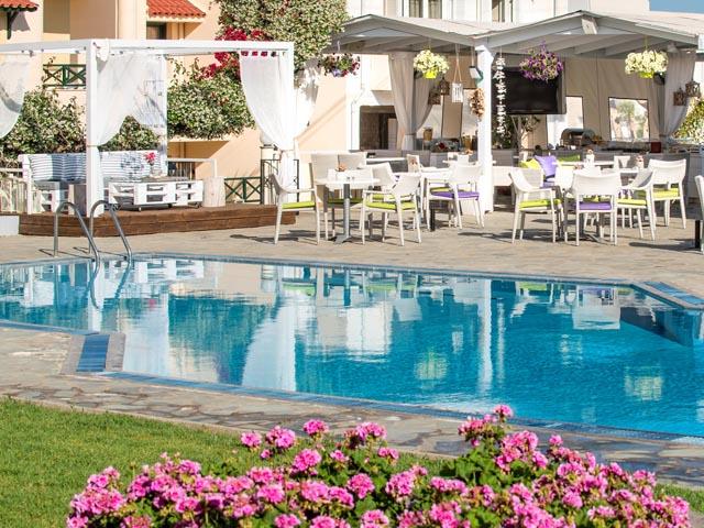 Kristalli Hotel Apartments: