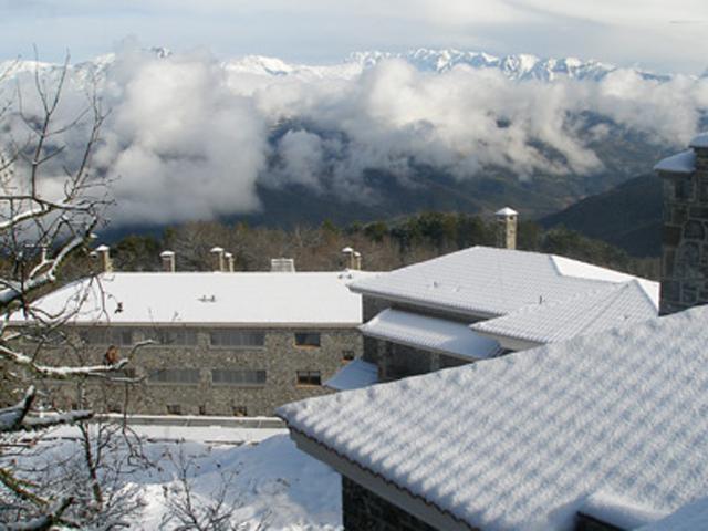 Dasos Theretron - Exterior View