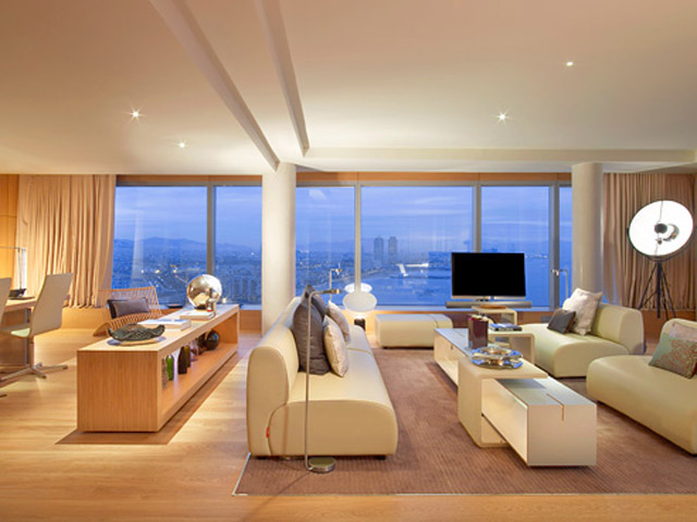 W Barcelona: Extreme Wow Suite- Living Room