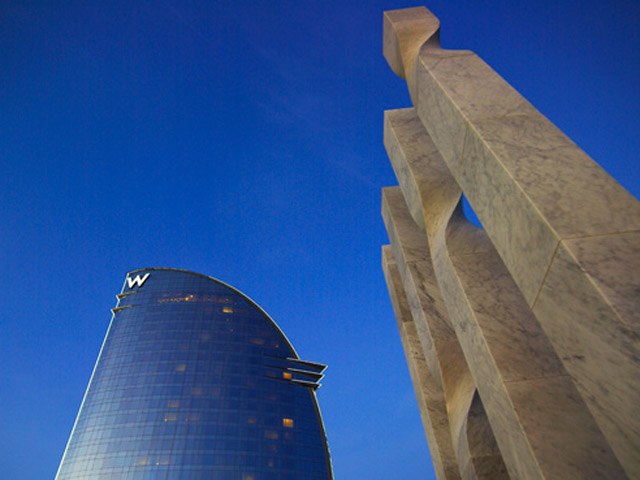 W Barcelona: Exterior View