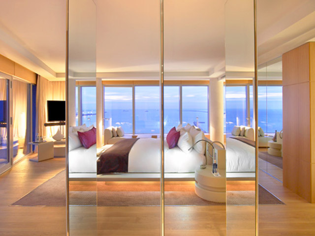 W Barcelona: Extreme Wow Suite- Bedroom
