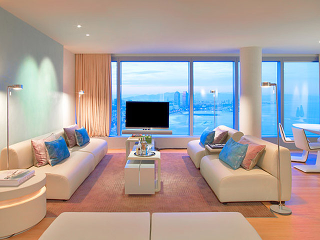 W Barcelona: Wow Suite - Living Room