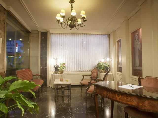 Ilisia Hotel