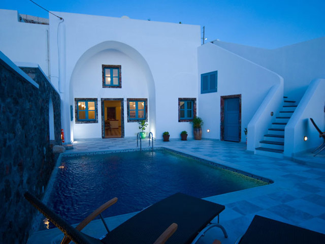 Santorini Luxury Villas: Dream Luxury Villa- exterior view