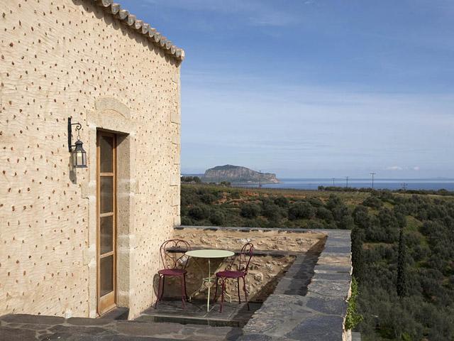Kinsterna Hotel and Spa Monemvasia: Balcony