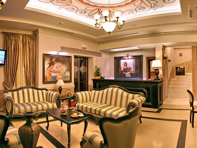 Theofilos Paradise Boutique Hotel: Lobby