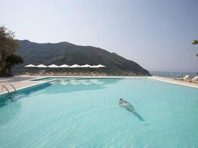 Atlantica Grand Mediterraneo Resort & Spa: Swimming Pool