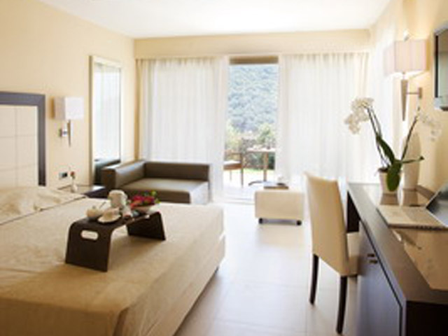 Atlantica Grand Mediterraneo Resort & Spa: Room