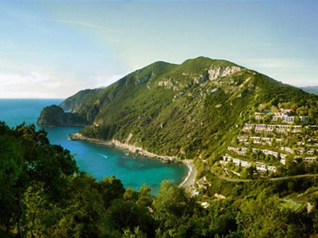 Atlantica Grand Mediterraneo Resort & Spa: View of the area