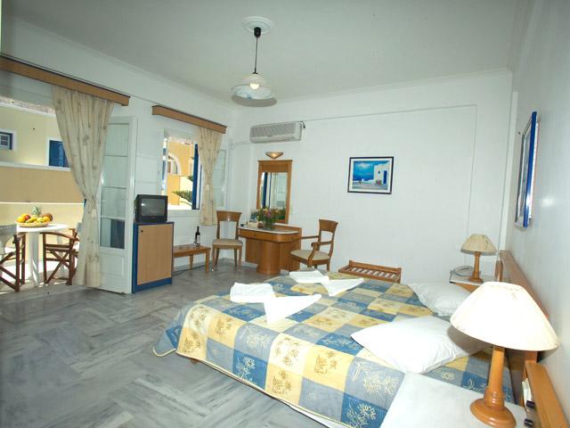 Hermes Hotel - Room