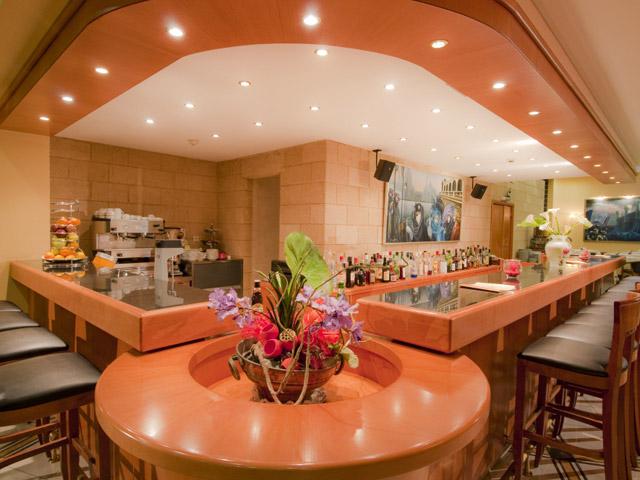 Alexandra Hotel - Bar