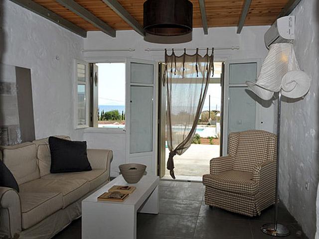 Stagones Luxury Villas: Living Room