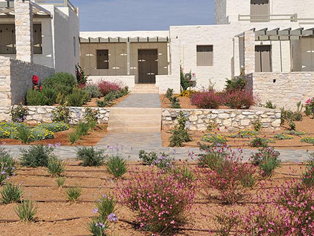 Stagones Luxury Villas: Exterior View