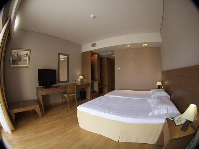 Elpida Resort & Spa: Bedroom