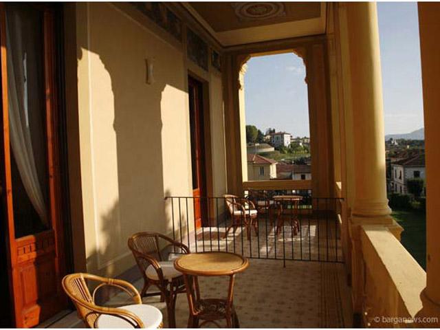 Villa Moorings: Balcony