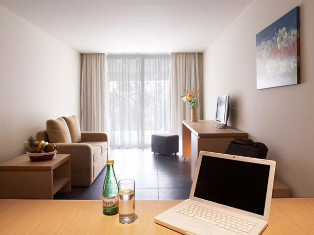 Sentido Carda Beach Hotel (Adults Only): Living room