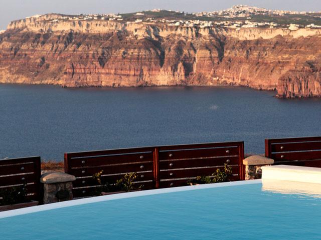 Michaela Residence - Swimming Pool