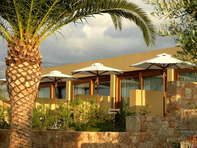 Kernos Beach Hotel & Bungalows: