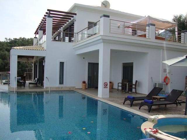 Ionian Pearl - Exterior View