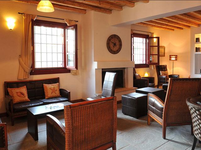 Varos Village Hotel : Interior View