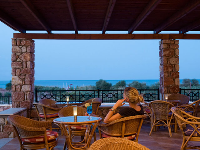 Mikri Poli Rhodes Resort: Bar