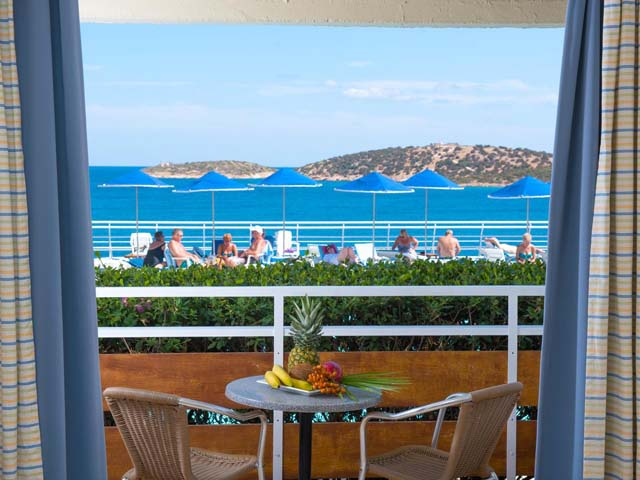 Avra Collection Coral Hotel: