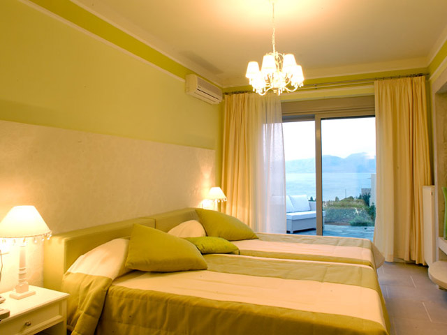 Pleiades Luxurious Villas: Bedroom