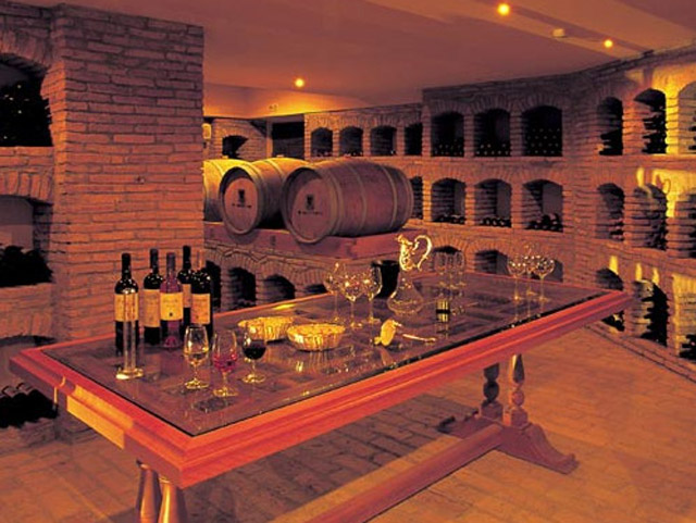 Elounda Peninsula All Suite Hotel: Wine cellar
