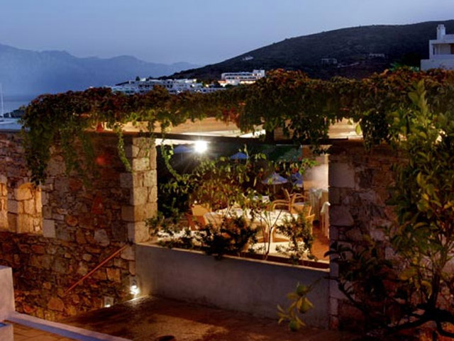 Elounda Mare Hotel - Relais & Chateaux: Exterior View