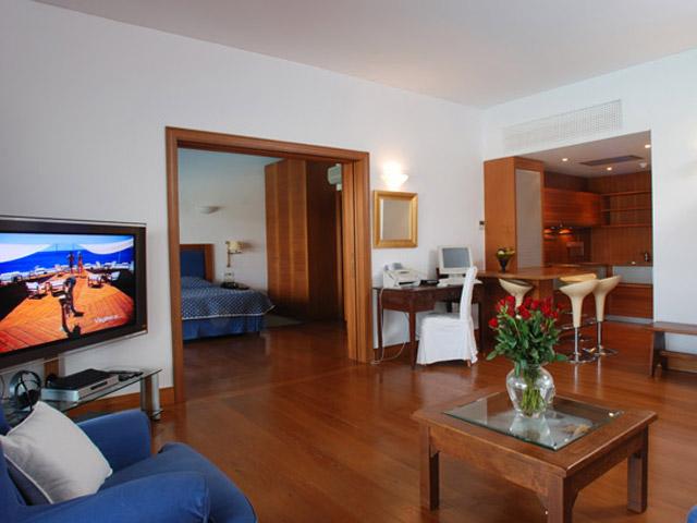 Elounda Beach Exclusive Club  Family Residences Living Room