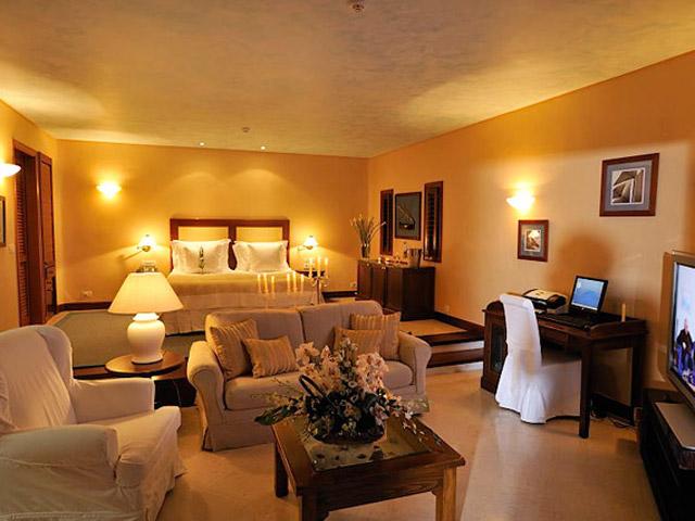 Elounda Beach Exclusive  & Platinum Club: Elounda Beach Exclusive Club  Island Villas Living Room