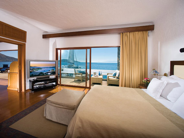 Elounda Beach Exclusive  & Platinum Club: Elounda Beach Exclusive Club  Presidential Suites Bedroom