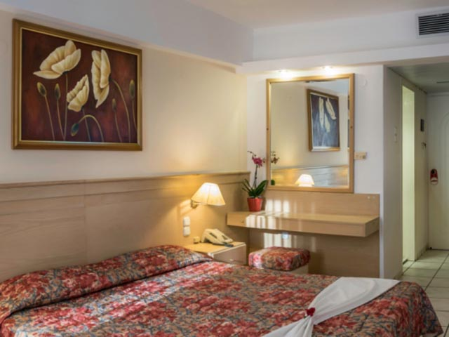 Tylissos Beach Hotel: