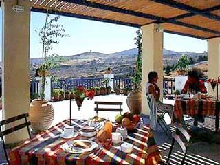 Lefkes Village: Restaurant