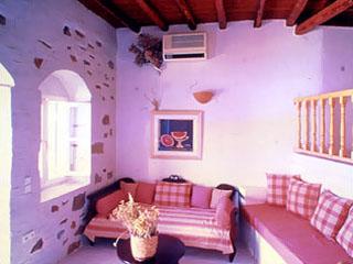 Lefkes Village: Room