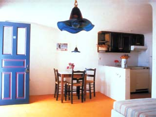 Kanales Suites - Studios & Rooms: Room