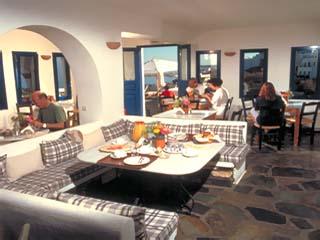 Kanales Suites - Studios & Rooms: Restaurant