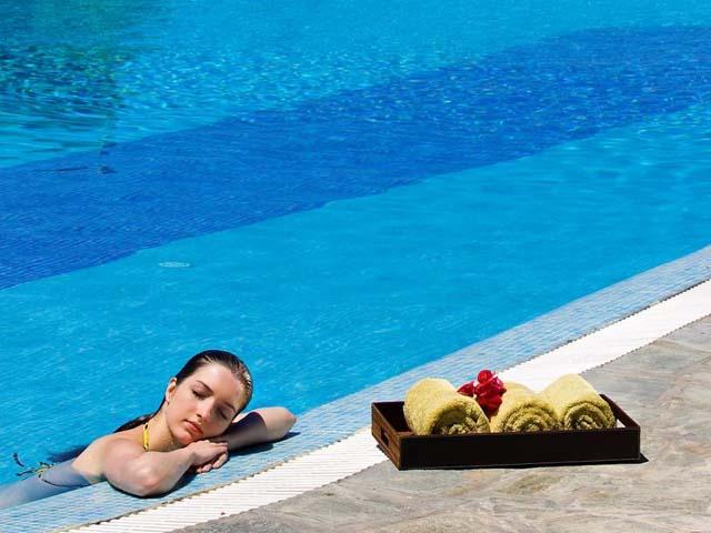 Yria Hotel Resort: