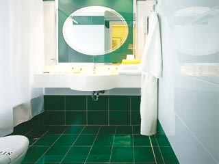 Theoxenia Palace Hotel: Bathroom of Superior Room